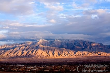 Sandia Mountain Range - Albuquerque, New Mexico.jpg