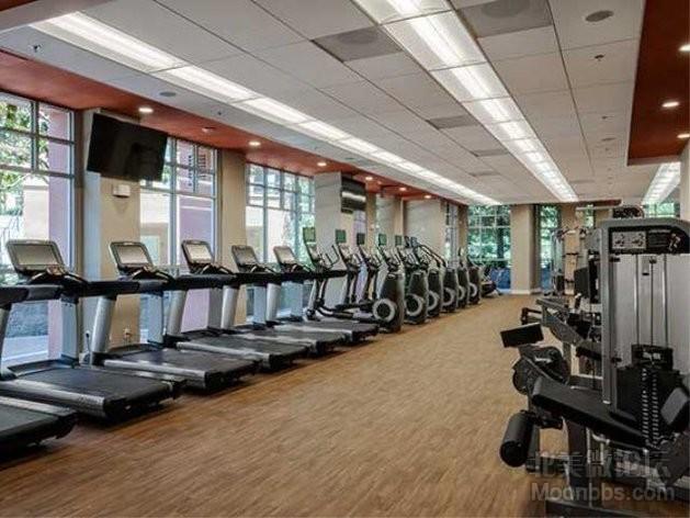 AmenityFitnessCenter01-FitnessCenter.jpg