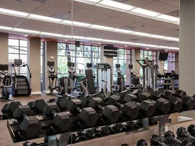 AmenityFitnessCenter02-FitnessCenter.jpg