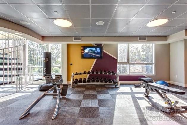 camden-glendale-apartments-fitness-center-gym-glendale-ca1.jpg