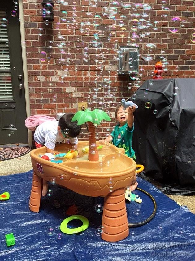 夏天不缺席的water table