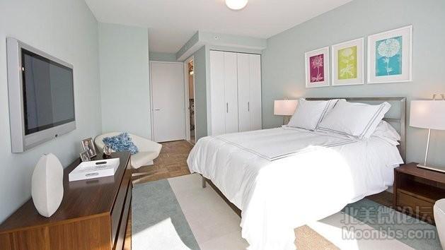 505-W-37th-St-Bedroom.jpg