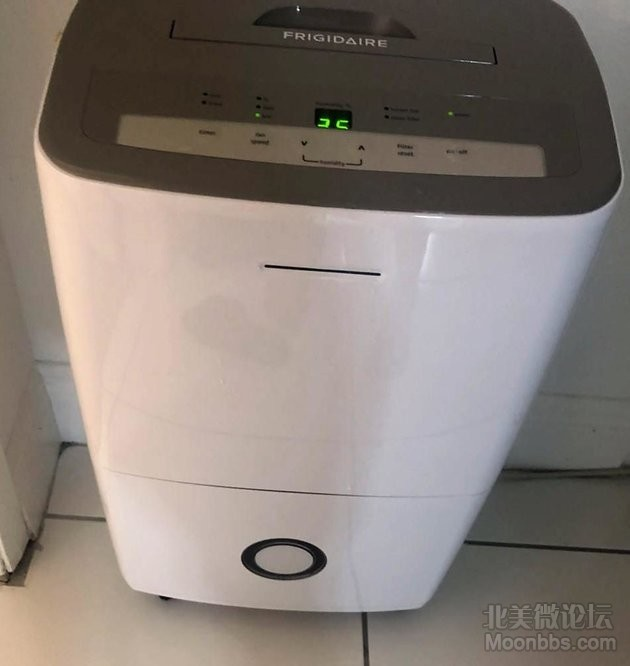 抽湿器只使用了2个月,非常好用除湿效果很好  品牌Frigidaire/容量50Pint 180刀出  ...