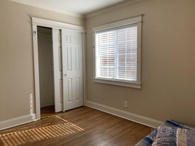 房间2-2.jpg