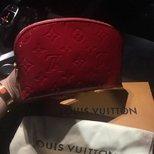 LV 漂漂红色漆皮化妆包