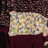 crochet (钩针)弄的狗狗衣服