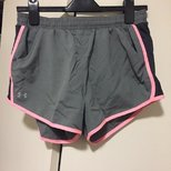 UA运动短裤