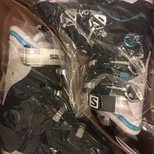 Salomon滑雪鞋