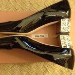 晒一下我的MIU MIU 小鞋子