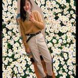 优衣库 白色工装裤 深棕编织皮带上身照