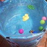 为了给娃游个泳、我也不容易阿!