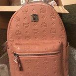 NR买的MCM背包到了…