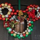 dollar tree 自制 Mickey Christmas wreath