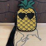 新宠  菠萝包