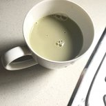 推荐这个抹茶味豆奶!