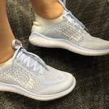 Bloomingdales买的nike天蓝色跑鞋