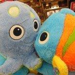 在超市发现了一对相亲相爱的海洋生物