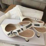 新到的Dior鞋子~
