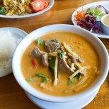 【美味moment】好吃的红咖喱和菠萝炒饭哟