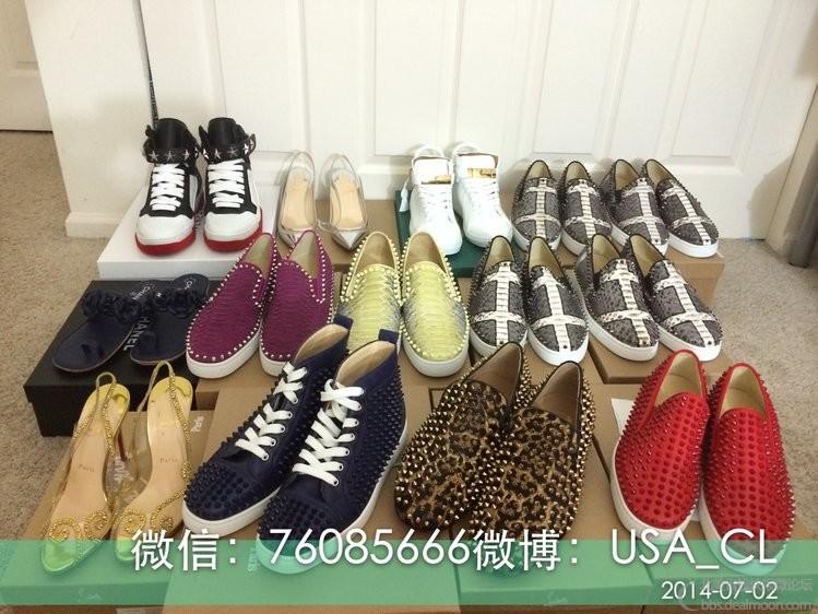 都是帮客户订购的各种鞋子,尤其是蛇皮限量版,全美国只有30双,我自己急就拿了10双!绝对实力代购! ... ...
