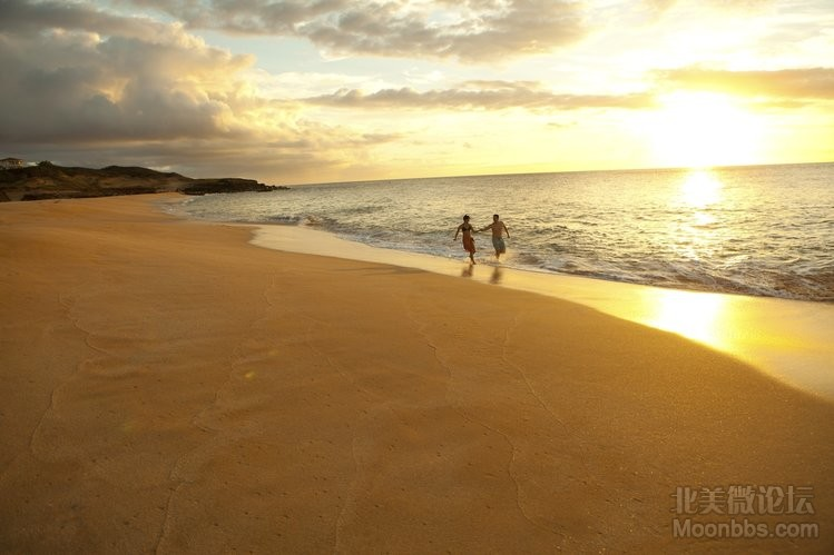 Molokai-Island-Credit-to-Hawaii-Tourism-Authority-Dana-Edmunds.jpg