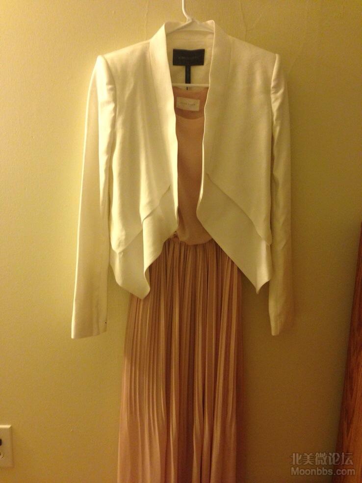 搭配清爽雪纺长裙,很优雅