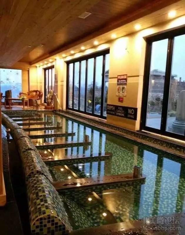室内水疗娱乐区,另外洗浴区也有水疗提供