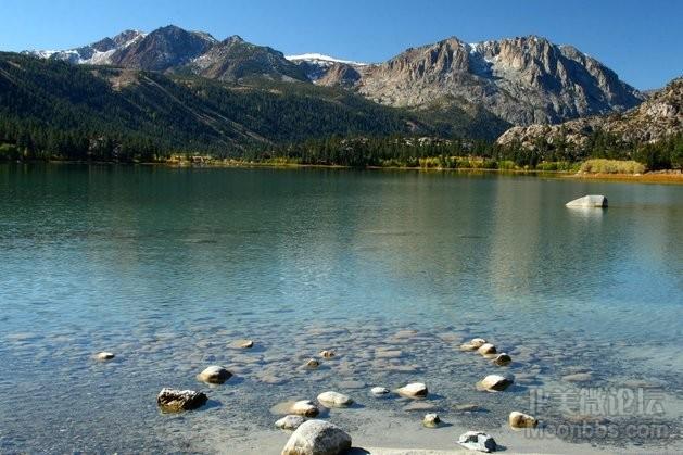 June_Lake_with_Sierra_crest.jpg