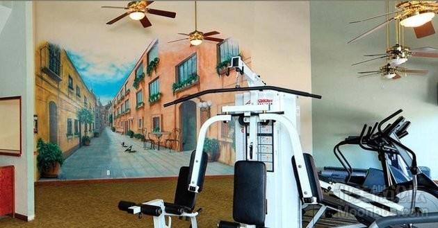 小区健身房