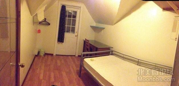 RoomM-view02.jpg