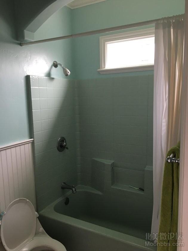 卧室自带卫生间