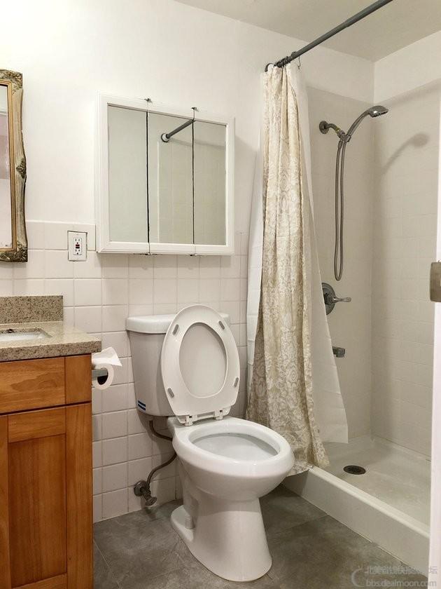 downbathroom.JPG